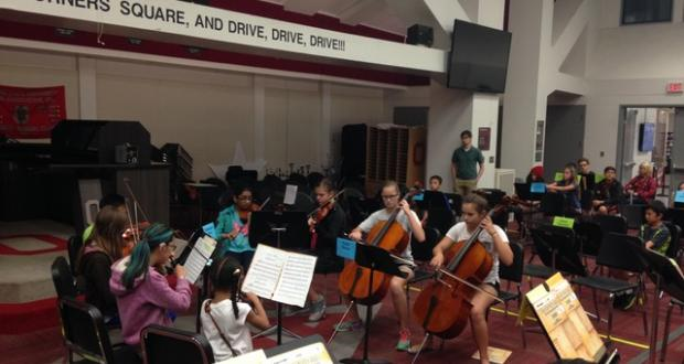 Morning Strings group rehearsal