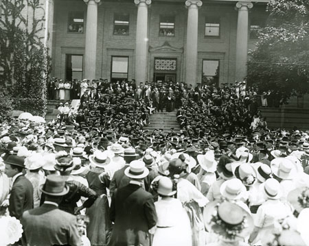 1915 Commencement at Page Hall.