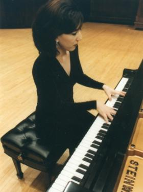 Caroline Hong
