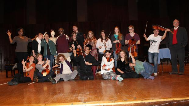 Viola Intensive participants and faculty 2013